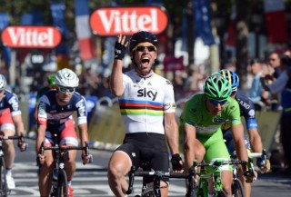 Mark Cavendish win his 4th straight final stage