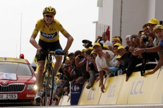 Chris Froome makes it back to back Yellow Jerseys for Team Sky