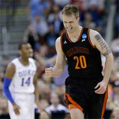 Mercer Bears beat Duke Blue Devils
