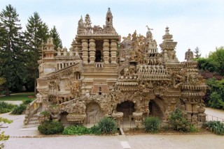 "Ferdinand Cheval's Le Palais idéal (the ""Ideal Palace"")"