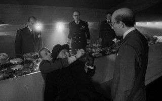 """""""Gentlemen, you can't fight in here! This is the War Room."""""""