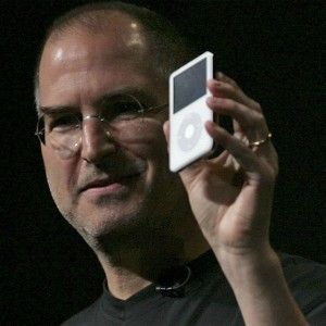 Steve Jobs with the Ipod