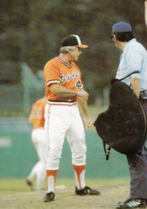 Earl Weaver managing in 1977